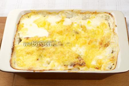 А затем поставить гратен ещё на 5-10 минут в духовку при температуре 200 °С для получения золотистой корочки. Гратен из картофеля с сыром готов. Приятного аппетита!