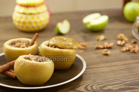 Запечённые яблоки с мёдом видео рецепт