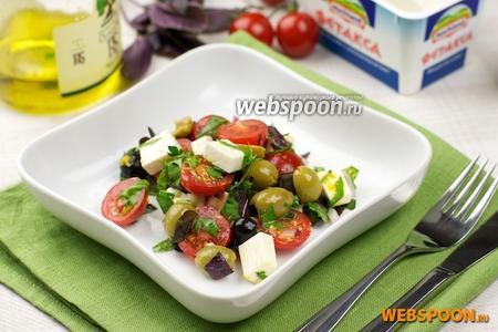 Салат из фетаксы с помидорами черри
