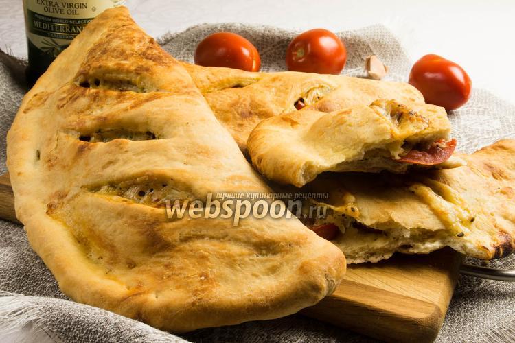 Фото Фугас с помидорами и сыром