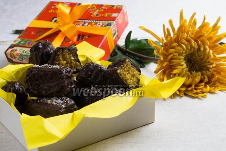 Фото Шоколадные конфеты с миндально-апельсиновой начинкой