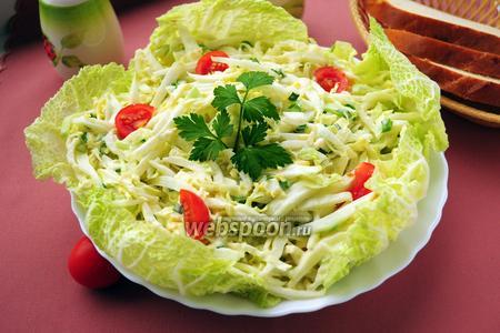 Салат из пекинской капусты с огурцом и яйцами