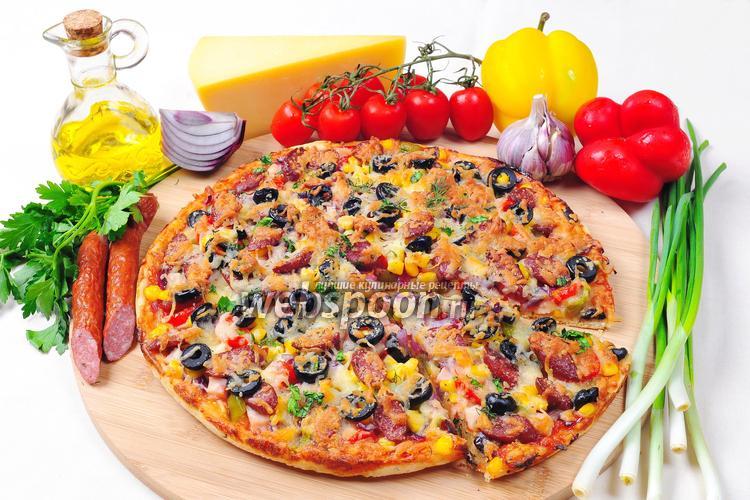 Рецепт Пицца с курицей и охотничьими колбасками