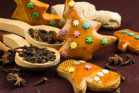 Пряное рождественское печенье в глазури
