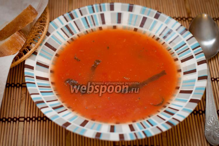 Фото Томатный суп на курином бульоне