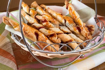 Слоеное тесто с ветчиной