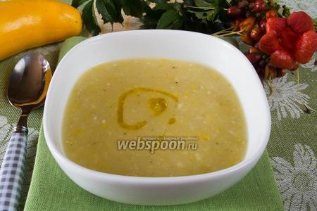 Чесночный крем-суп с цукини