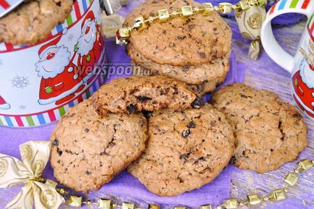 Овсяное печенье из шоколадных конфет