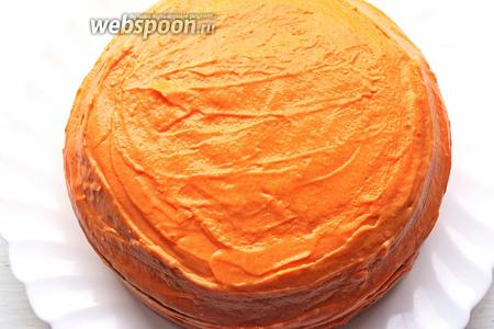 Вот готовый и очень вкусный торт. Украсить по желанию, можно лепестками миндаля, стружкой того же белого шоколада или как я кокосовой стружкой. Приятного аппетита!