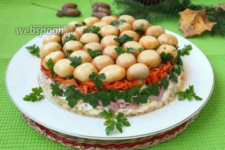 Салат «Грибная полянка» с шампиньонами