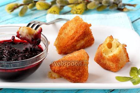 Жареный сыр камамбер