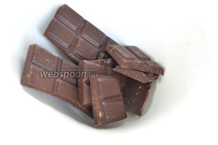 Для шоколадной начинки шоколад растопить в микроволновке.