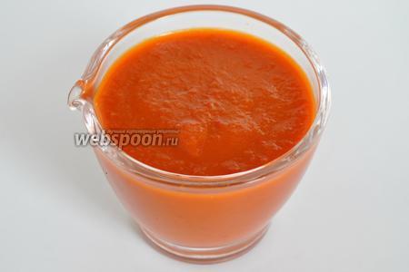 Готовый соус охладить и перелить в соусник. Подавать к любимым блюдам. Из данного количества продуктов получается 320 мл соуса. Приятного аппетита!