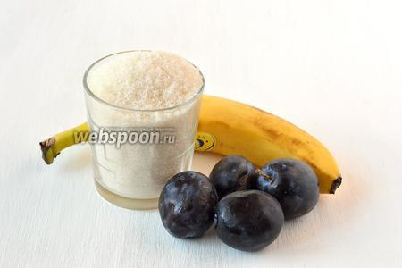 Для приготовления сливово-бананового джема нам понадобятся сливы, банан, сахар.