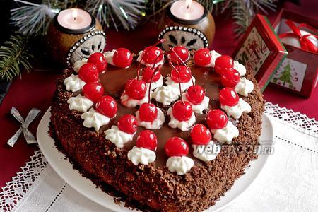 Торт «Пьяная вишня в сливках»
