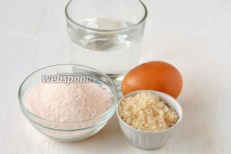 Для приготовления крема нам понадобится яйцо, желе (у меня желе со в кусом «Экзотик»), сахар, вода.