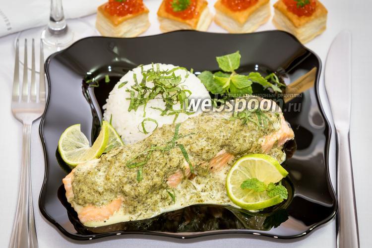 Рецепт Паровая сёмга в сливочно-шпинатном соусе