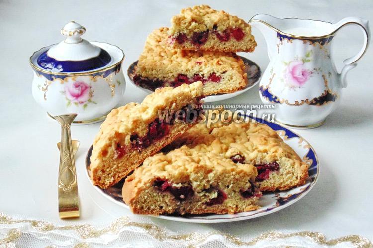 Фото Тёртый пирог с вишней