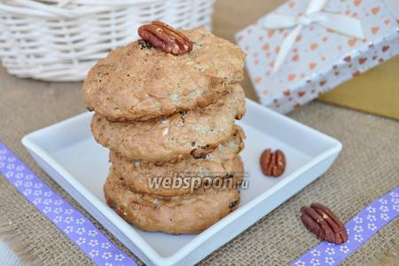 Овсяное печенье с орехами пекан и пряничным сахаром
