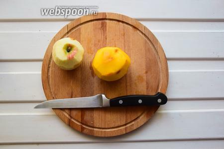 Яблоко и персик очистим от шкурки и семечек, у персика извлечь косточку!:)