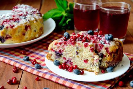 Пирог с голубикой и брусникой