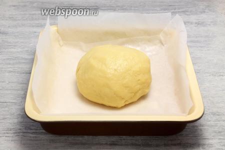 Замешиваем мягкое, пластичное тесто.