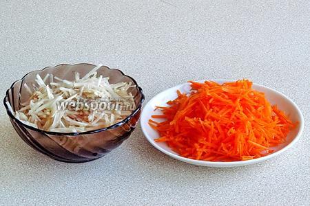 Клубни топинамбура и морковь очистить, вымыть и натереть на крупной тёрке.