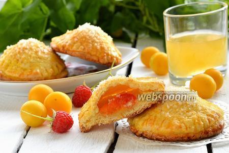Творожные пирожки с алычой