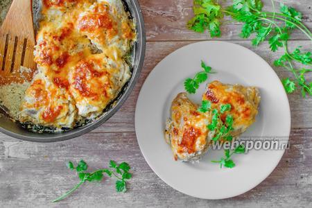 Куриные бёдра запечённые в сметане с сыром