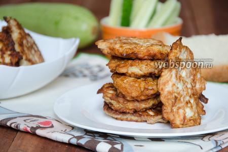 Оладьи из курицы с кабачком