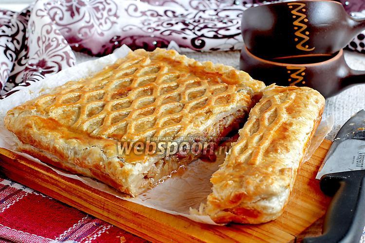 Рецепт Капустный пирог на слоёном тесте с копчёностями
