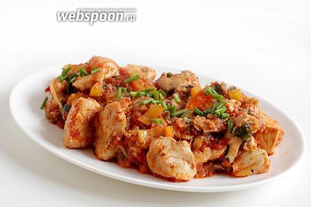 Подавать курицу по-грузински можно как самостоятельное блюдо, с овощами или любым гарниром. Приятного аппетита!