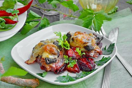 Курица запечённая с алычой