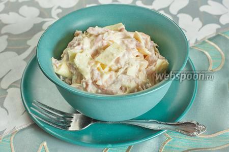 Салат из копчёной курицы с омлетом