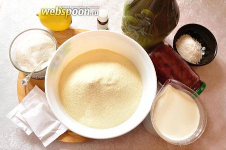 Для приготовления сладкой марокканской харши подготовим следующие продукты: манку, сахар, растительное масло, лимон, разрыхлитель теста, молоко, кокосовую стружку и 2-3 капли эфирного масла цветков апельсина (нероли).