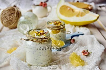 Десерт с помело и чиа