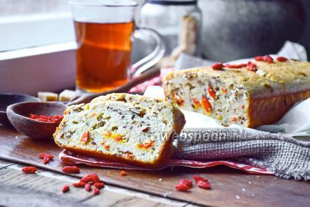 Овсяный кекс с семенами льна и ягодами годжи