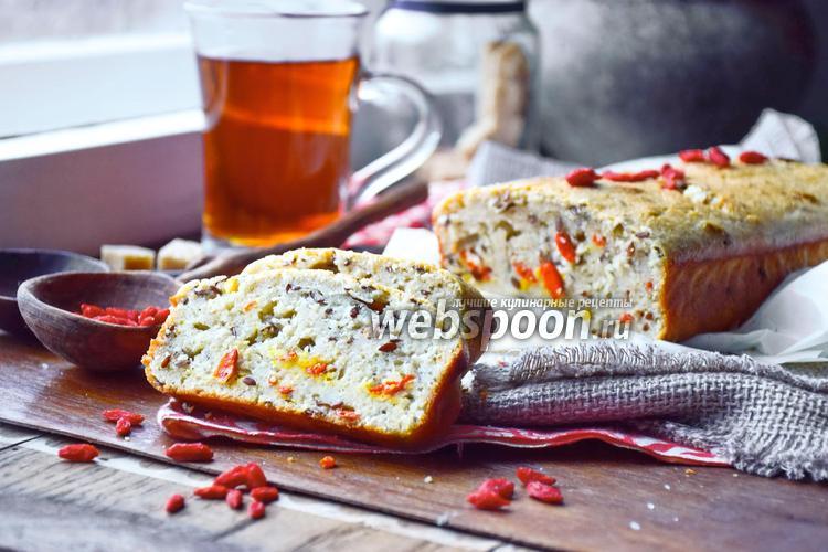 Фото Овсяный кекс с семенами льна и ягодами годжи