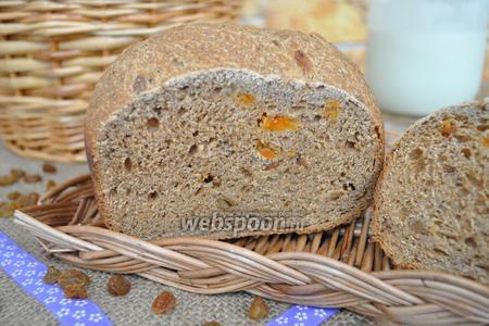 Ржаной хлеб с фруктовыми добавками в хлебопечке