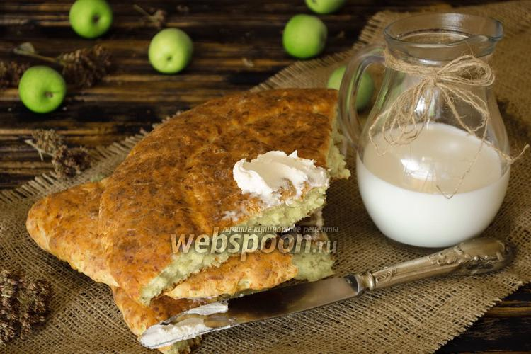 Фото Яблочная лепёшка с сыром