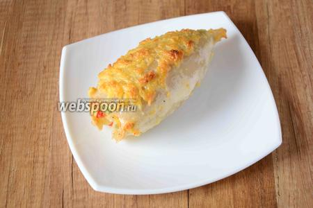 Готовое блюдо перекладываем на сервировочную тарелку, украшаем блюдо по-своему вкусу. Приятного аппетита!