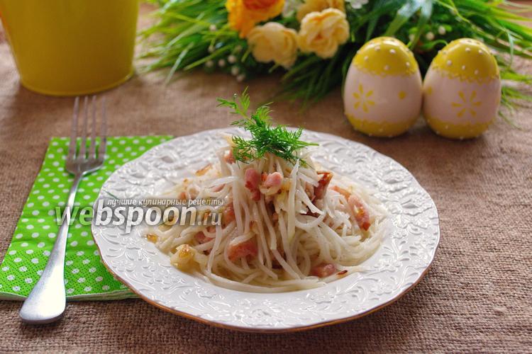 Рецепт Салат из белой редьки с беконом