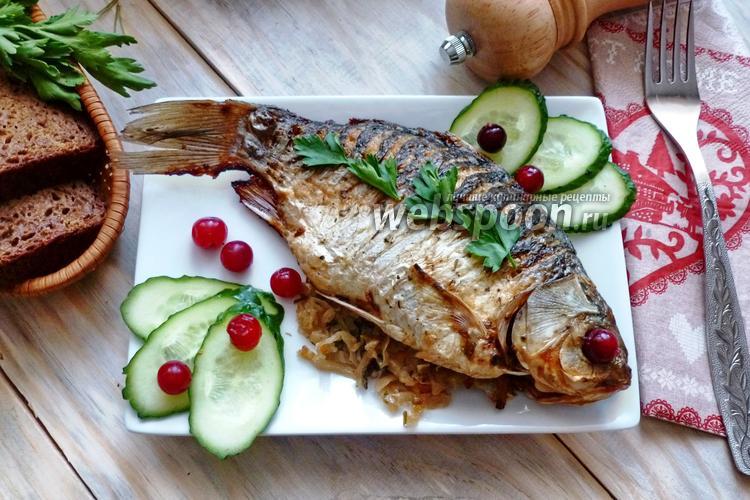 Рецепт Запечённые караси, фаршированные квашеной капустой