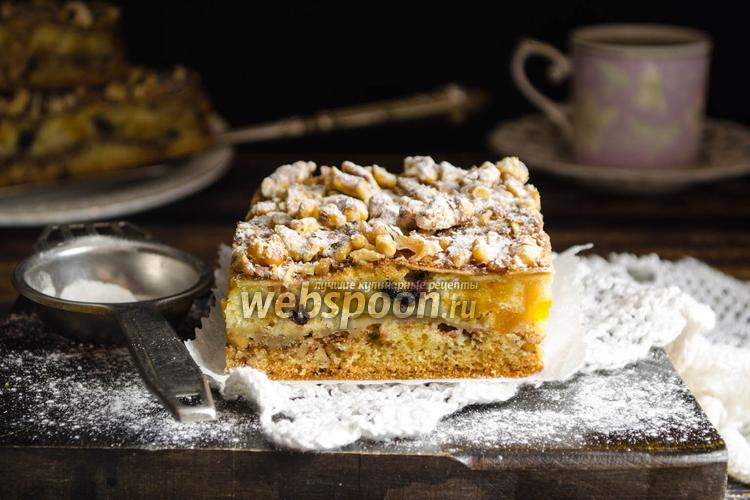 Фото Яблочный пирог с орехами
