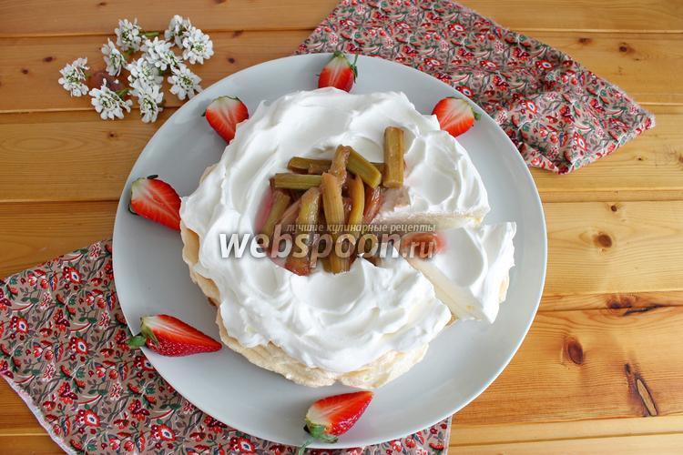 Рецепт Десерт «Павлова» с ревенем
