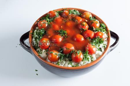 Последний штрих (если вы хотите чанахи-суп) — поверх всего вливаем 1 стакан томатного сока.