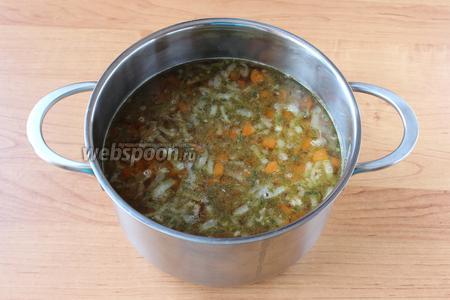 Перед подачей дать супу немного настояться. Приятного аппетита!