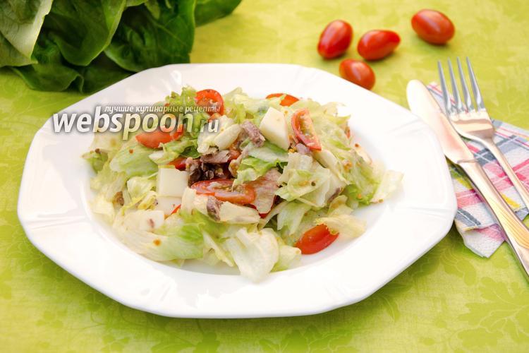Рецепт Салат с консервированным тунцом и сулугуни