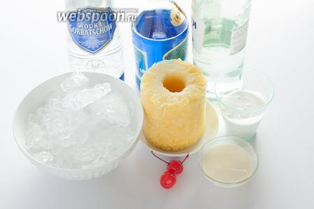 На протяжении своей профессиональной деятельности Шуман применял различные рецептуры коктейля Бассейн. Считается, что последнее, на чём он остановился, выглядело следующим образом: 10 мл апельсинового ликёра Кюрасао блю, по 20 мл сливок, кокосового крема, светлого рома и водки, плюс 60 мл ананасового сока. Если используется кокосовый крем, то сливки можно взять 20%, если кокосовое молоко — наоборот, более жирные. Количество льда определяется объёмом бокала, но могу сказать, что, в конечном итоге, в «Бассейне» куда больше льда, чем всего остального, взятого вместе. Для украшения бокала нужны кусочек ананаса, коктейльная вишня и пика, а также трубочка.