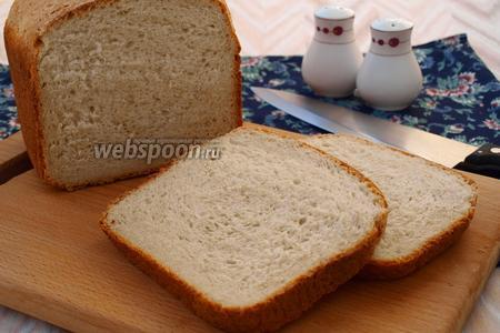 Хлеб на сыворотке с овсяными хлопьями и смальцем в хлебопечке